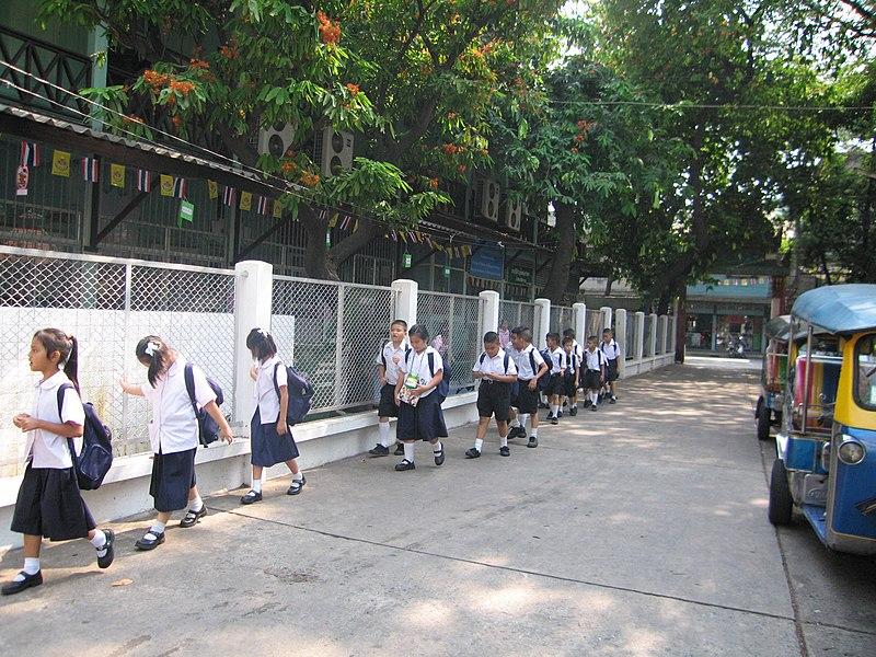 Thai Students.jpg