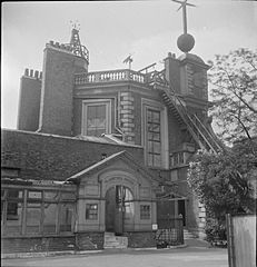 The Royal Observatory- Everyday Life at the Royal Observatory, Greenwich, London, England, UK, 1945 D24697.jpg