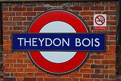 Theydon Boyz, er, Bois (89815918).jpg