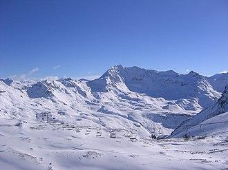 Tignes - A ski lift on the Grande Motte.