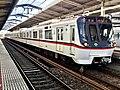 Toei Series 5300 5311F in Higashi-Matsudo Station 02.jpg