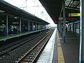 TokyoMetro-T18-Urayasu-station-platform.jpg