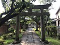Torii of Tento Shrine 2.jpg