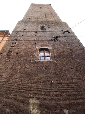 Towers of Bologna - The Azzoguidi Tower