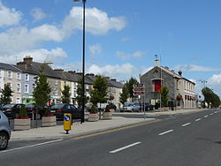 Main Street and Town Hall, Templemore 2015