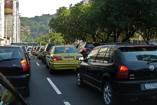 Traffic in Brazil By Mario Roberto Duran Ortiz Mariordo (Own work) [GFDL (https://www.gnu.org/copyleft/fdl.html), CC-BY-3.0 (https://creativecommons.org/licenses/by/3.0), GFDL (https://www.gnu.org/copyleft/fdl.html) or CC-BY-3.0 (https://creativecommons.org/licenses/by/3.0)], via Wikimedia Commons