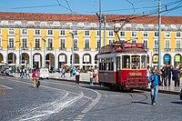 Tram (34943333736).jpg