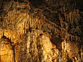 Treak Cliff Cavern - geograph.org.uk - 426633.jpg