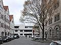 Ulm Kornhausplatz Blick zum Einsteinhaus.jpg
