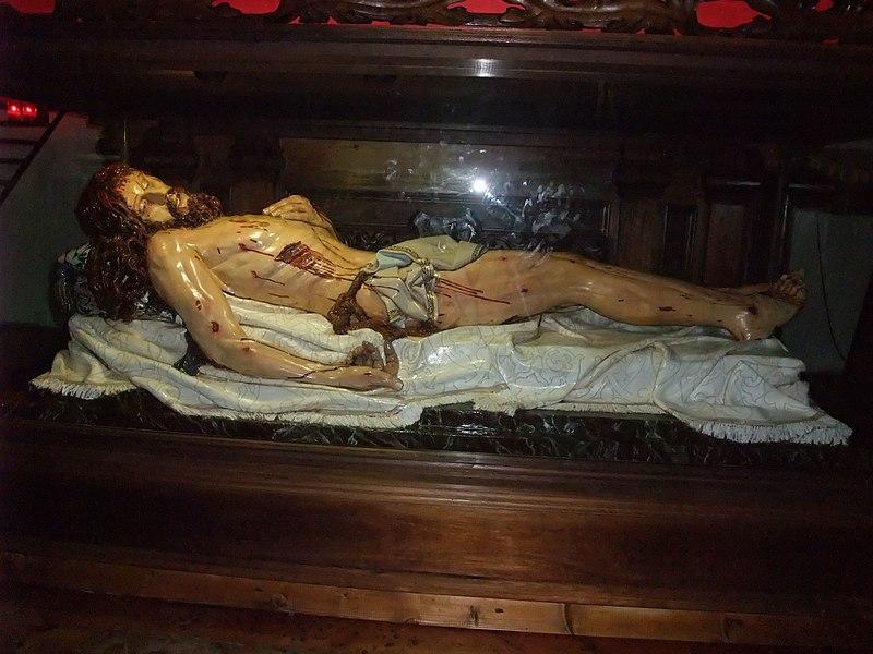 Valladolid-Monasterio de San Benito (Cristo yacente).jpg