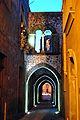 Via degli Archi illuminata.JPG