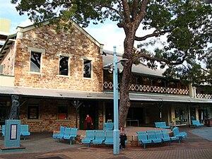Victoria Hotel, Darwin - Darwin's Victoria Hotel in 2008.
