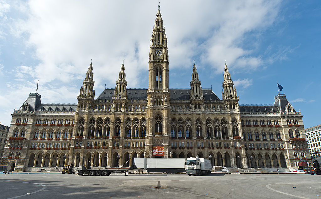 City town halls architecture in europe till 1940 for Architecture vienne