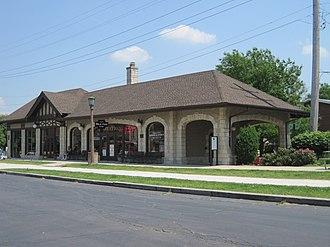 Arthur U. Gerber - Image: Villa Avenue Train Station (5998651551)