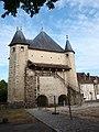 Villeneuve-sur-Yonne-FR-89-porte de Sens-coté mairie-a1.jpg