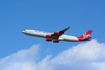 Virgin Atlantic Airways Airbus A340-300 G-VSUN NRT (15804691913).jpg