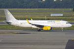Vueling, EC-MEL, Airbus A320-232 (19686115802).jpg