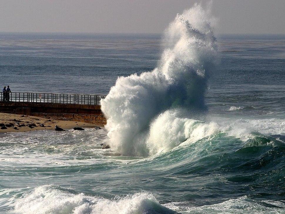 Waves lajolla