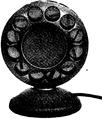 Western electrics rundradiomikrofon i sitt skyddande fodral, Nordisk familjebok.png