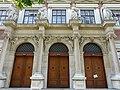 Wien Evangelische Schule - Portal 1.jpg