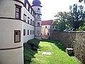 Zámek Kostelec nČl, jihozápadní strana, od severu.jpg