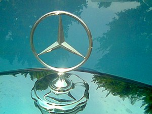 Hood ornament - Mercedes-Benz