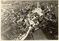Zračni posnetek naselja in gradu Žužemberk iz okoli 1930.jpg