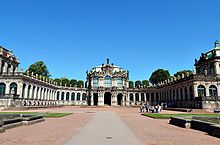 Zwinger-Photo.jpg