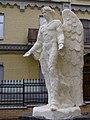 Ангел возле Лютеранской церкви в Киеве.jpg