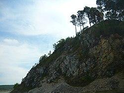 Скалы со стороны г.Михайловск, около насыпи.JPG