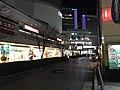 ライトアップの消えた有楽町駅前 (50820473543).jpg