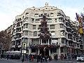 080 Casa Milà, pg. de Gràcia 92 (Barcelona), cantonada c. Provença.jpg