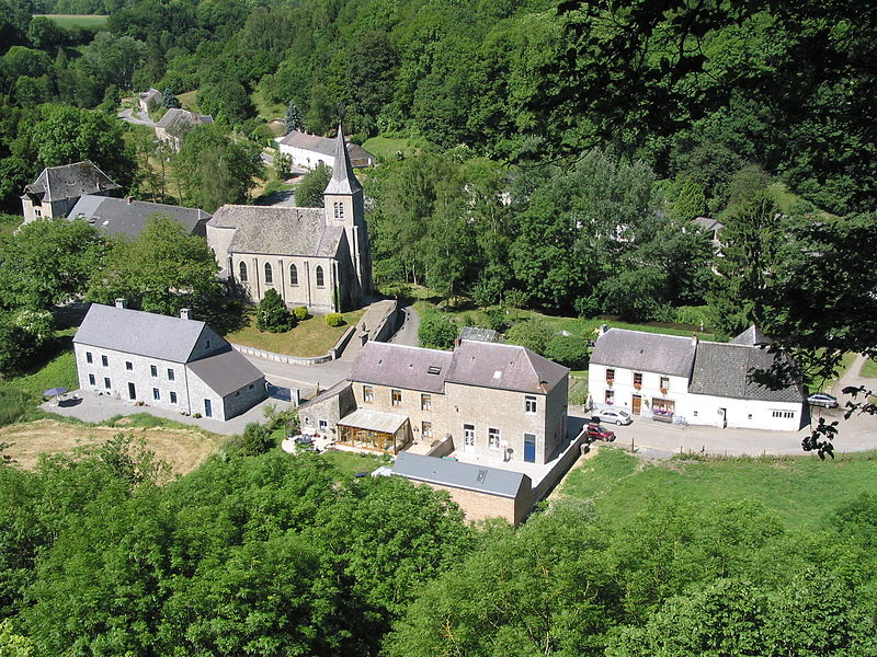 Lompret (Belgium), village included in the list of exceptional heritage of Wallonia (22 October 1982 - Bois Franc site).