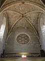 119 Abadia de Santa Maria, església, volta i rosassa.jpg