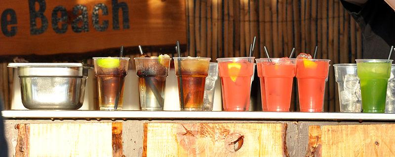 File:14-04-20 Cocktails 02.jpg
