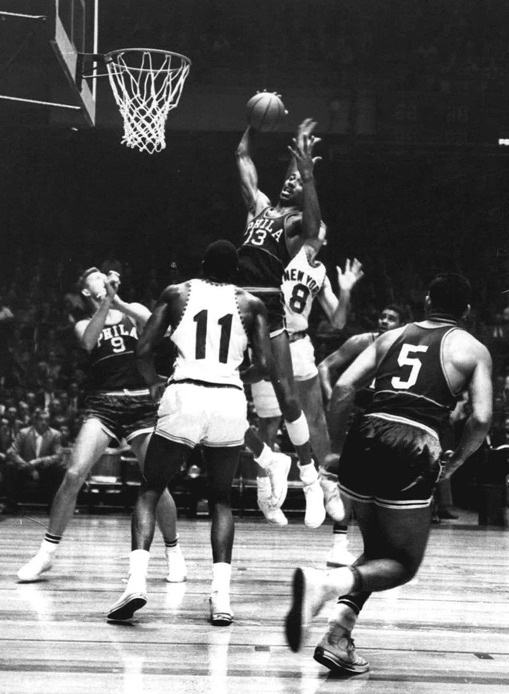 1960 New York Knicks vs. Philadelphia Warriors.jpeg