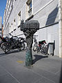 2001 Meier RathausBronze 01K.jpg