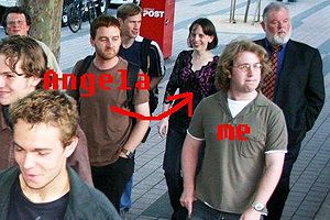 20051129-MelbMeetup-WalkingToDinner edit1.jpg