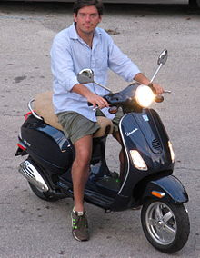 Piaggio Vespa Price And Features