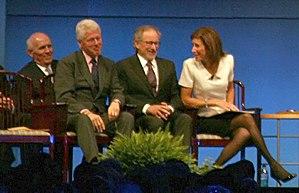 English: Former President Clinton with 2009 Li...