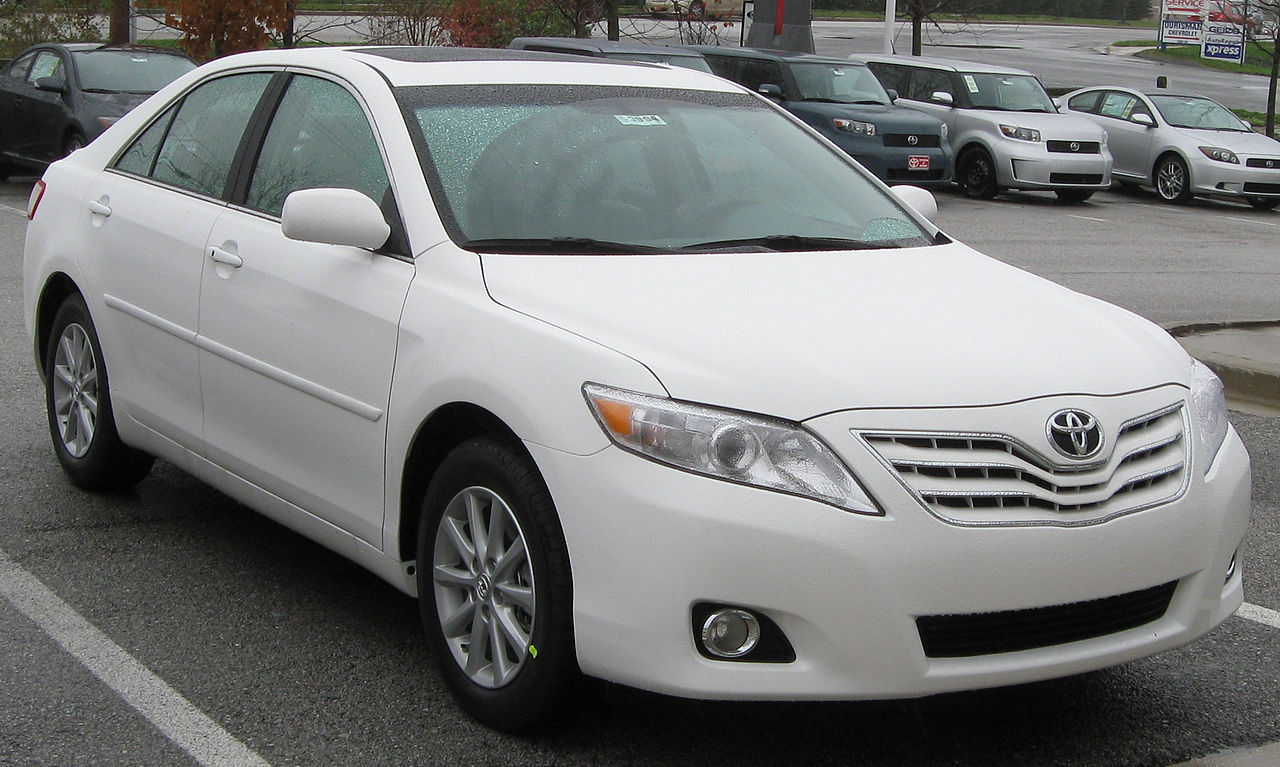 2010 Toyota Camry Se File2010 Toyota Camry Xle 11 25 2009jpg Wikimedia Commons