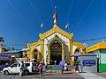 2016 Rangun, Pagoda Botahtaung (03).jpg