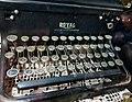 2018-09-22 Royal typewriter keyboard.jpg