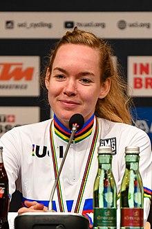 20180929 UCI Straßenweltmeisterschaften Innsbruck Frauen Elite Straßenrennen Anna van der Breggen 850 8252.jpg