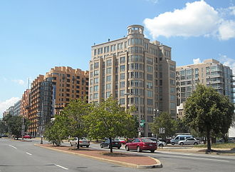 Massachusetts Avenue (Washington, D.C.) - Massachusetts Avenue at the intersection of 3rd and H Streets, NW