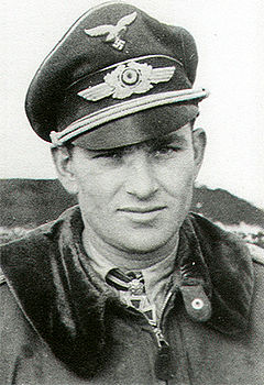 5-Luftwaffe-pilot-Major-Gerhard-Barkhorn-01.jpg