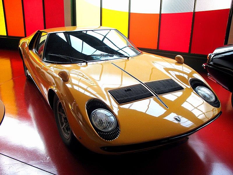 นำเสนอ Lamborghini Miura SV