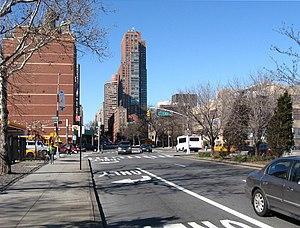 96th Street (Manhattan) - Crossing First Avenue, looking west
