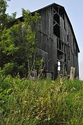 Abandoned barn east of Whitchurch–Stouffville, Ontario.jpg