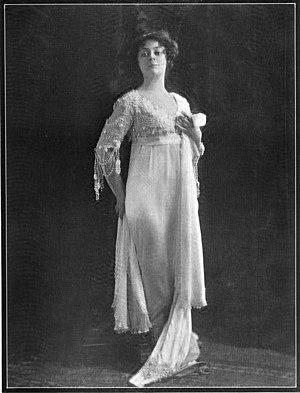 Les P'tites Michu - Adrienne Augarde, c. 1908